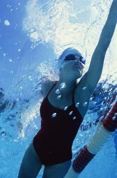 Technique Drills To Improve The Front Crawl In Swimming   LIVESTRONG.COM