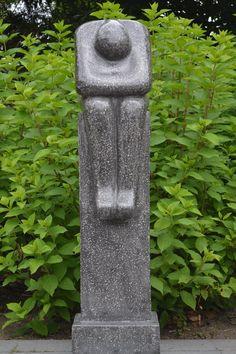 Abstract beeld 'Thinking', handgemaakt van grijs terrazzo 100 cm