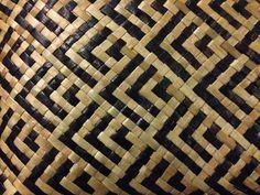 Patikitiki - flounder, my favourite Flax Weaving, Basket Weaving, Maori Patterns, Hawaiian Crafts, Modern India, Diy And Crafts, Arts And Crafts, Maori Designs, Maori Art