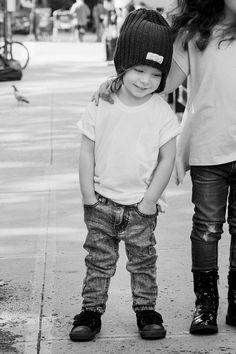 Lucien in I dig denim « Arizona jeans + dante v-neck + noor beanie Photo: belle Savransky