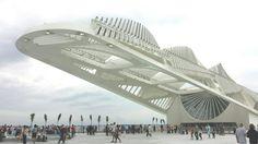 Museu do Amanhã, Praça Mauá - Rio de Janeiro.  #museudoamanhã #riodejaneiro #praçamauá #rio #errejota #brasil #mar #arquitetura #carioquissimo #cidadeolímpica #cidadeolimpica #rioeuamoeucuido #jornaloglobo #museudeartedorio #rio450 #portomaravilha #rioeuteamo #museudoamanha #brazil #pracamaua #museu #porainorio #021 #021rio #destinoerrejota #arte #carioca #architecture #rj #art