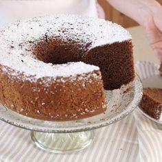 Angel cake with lemon - HQ Recipes Torta Chiffon, Chocolate Chiffon Cake, Bolo Red Velvet, Sea Cakes, American Cake, Angel Cake, Cake Videos, Almond Cakes, Mets