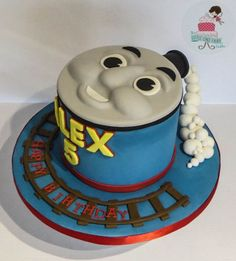 Thomas The Tank Engine face cake Thomas Birthday Cakes, Second Birthday Cakes, Thomas Birthday Parties, Thomas Cakes, Cupcake In A Cup, Cupcake Cakes, Cupcake Ideas, Cupcakes, Birthday Party Design