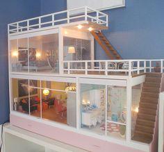 I love this dollhouse!