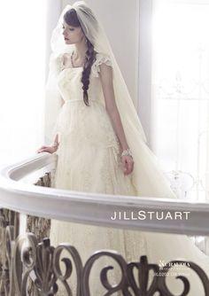 今すぐ結婚したくなる♡ジルスチュアートの最新ウェディングドレスcollection2015*にて紹介している画像 Bridal Gowns, Wedding Gowns, Wedding Dress Styles, Dress Brands, Tuxedo, Off White, Bodice, Portrait, Pretty