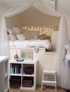 ♥  reading nook.... oh love it