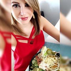Instagram media by rociohiguerar - ¡Hora de la merienda! Me provocó algo rico y me fui a buscar mi ensalada en #Subway sin remordimientos!!! #ViveTuFrescura