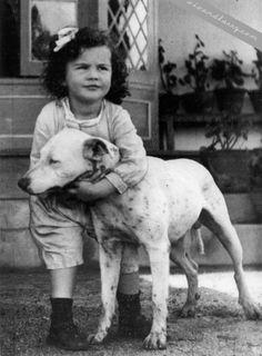 a young Vivian Leigh