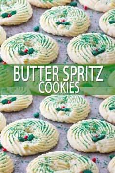 christmas cookies videos Weihnachtspltzchen You can easily make butter spritz cookies without a cookie press with this one easy technique! I love to make these into Christmas Wreath Cookies for a simple holiday decorated cookie without a lot of skill! Christmas Wreath Cookies, Christmas Snacks, Xmas Cookies, Christmas Cooking, Cookies Store, Gingerbread Cookies, Easy Holiday Cookies, Christmas Sprinkles, Fancy Cookies