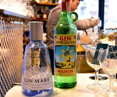 Spanish gins at Xix Bar, photo by Paula Mourenza