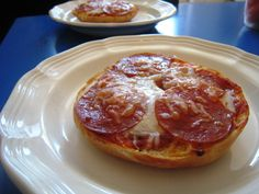 Pizza Bagels 2 - could use bagel thins