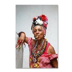 adorned woman smoking cigar, old Havana, Cuba Perfume Diesel, Women Smoking Cigars, Cigar Smoking, Cuban Women, Mode Costume, Havana Nights, Mode Boho, Havana Cuba, The Golden Girls