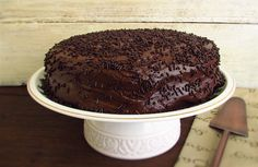 Do you like chocolate? This is the ideal cake for you, the chocolate aroma is always present and its special filling gives a divine touch. It's ideal for...