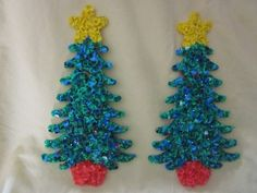 Vintage Christmas Plastic Popcorn Decoration ~ Decorated Christmas Trees