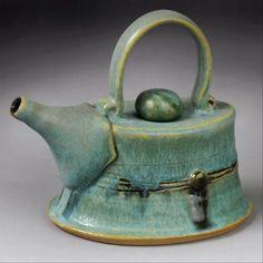 Green Teapot by Yael Shomroni Pottery