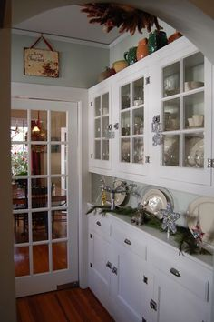 Awesome 1920 Bungalow Kitchen Built In Nook And China Cabinet | An Original  Built In Cabinet
