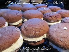 chocolate mint whoopie pies