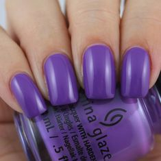 China glaze stop beachfrontin' swatched by olivia jade nails. Jade Nails, Olivia Jade, Bow Sights, Pink Color, Purple, Best Bow, Gel Designs, Simple Girl, Consumer Reports