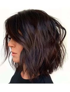 See here beautiful ideas of long bob textured haircuts to show off for hot look nowadays. You have to know that bob is one of those haircust which are too much liked by ladies just because of its trendy look. Moreover, this is also perfect for girls who wanna wear short haircuts.
