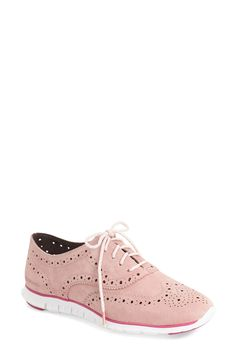 Loving this chic and feminine twist on men's wear. Why not add these cute wingtip shoes in pink to the work wardrobe?