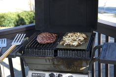 I've partnered with my friends at GrillGrate to giveaway this GrillGrate Grill Surface Set GrillGrate is dedicated to better, healthier grilling. Gas Bbq, 2017 Summer, Giveaway, Grilling, Surface, Crickets, Backen, Grill Party