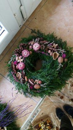 Grave Decorations, Funeral Flowers, Holiday, Christmas, Floral Wreath, Wreaths, Handmade, Corona, Diy Christmas Cards