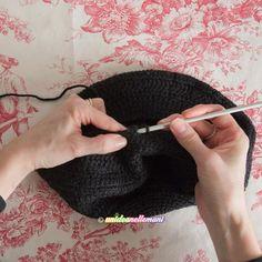 Knitted Hats, Crochet Hats, Diy Crochet, Beanie, Knitting, Handmade, Capellini, Style, Fashion
