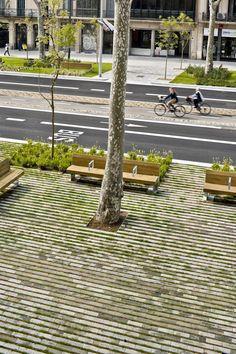 Remodelling of PASSEIG DE ST JOAN boulevard - 谷德设计网