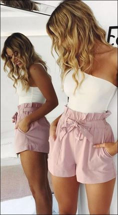 What's My Style?: A Guide To Preppy Outfits, Summer Outfits, What's My Style?: A Guide To Preppy Outfits - Stylish Bunny. Adrette Outfits, Teenage Outfits, Preppy Outfits, Teen Fashion Outfits, Cute Casual Outfits, Short Outfits, Look Fashion, Fashion Mode, Khaki Shorts Outfit