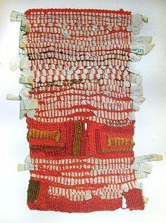 Sheila Hicks effetto materico-pieni e vuoti-palette colori
