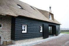 Herbouw traditionele brabantse boerderij aan de Brielsedreef te Prinsenbeek.Achtergevel ter plaatse van het stalgedeelte.