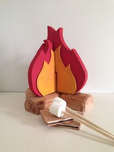 Wooden Play Food: Fire Pit, S'more and Roasting Marshmallow Set by BYOImagination on Etsy https://www.etsy.com/listing/202877490/wooden-play-food-fire-pit-smore-and