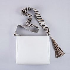 Greek Bag Labels on Ballerina Pumps, Hunts, Gold Texture, Fashion Bags, Highlights, Greek, Footwear, Luxury, Leather