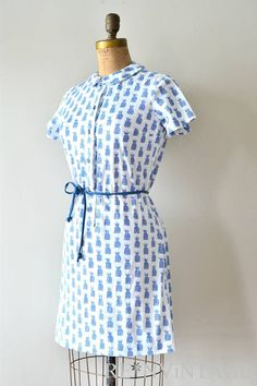 vintage 1960s dress : Blue Pineapples