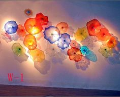 Multi Color Blown Glass Hanging Wall Plates Wedding Decorative Glass Wall Art Custom Made Glass Wall Plates Blown Glass Art, Fused Glass Art, Glass Wall Art, Stained Glass Art, Murano Glass, Sea Glass, Gift Shop Displays, Glass Flowers, Plastic Flowers