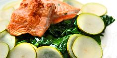 salmon with spinach, pear and sliced potatoes