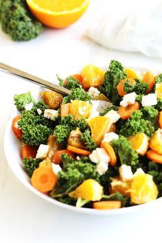 Kale Salad with Orange. Kale salad with orange carrot and feta Avocado Spinach Salad, Kale Salad, Cobb Salad, Le Chou Kale, Brunch, Orange Salad, Toasted Almonds, Healthy Salad Recipes, Healthy Cooking