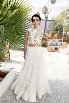 white crop and skirt , white crop with gold work , plain white lehenga skirt , day function , friend of the bride , simple and nice , classy , chic