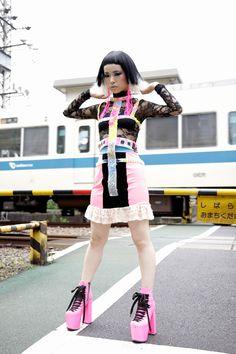 Area1:Harajuku,Tokyo(原宿,東京)  Plumb x fancyHIM  Name:池田 ひらり  Best:romain kremer  Dress:TOMO KOIZUMI  Wig:Plumb