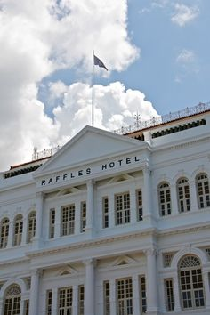 """500px / Photo """"Raffles Hotel"""" by Donna Seen - Singapore"""