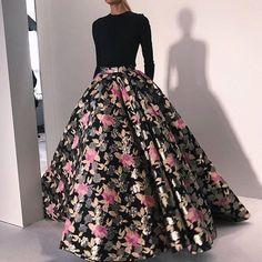 @csiriano via @the.si.journal #dress #look #lookbook #fashionweek #runway #defile #fashion #fashionpost #fashioninspo #fashionista…