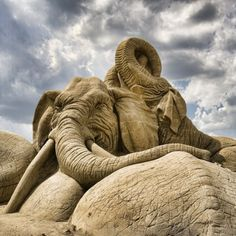 22 Sculpted Masterpieces Made Entirely Out Of Sand