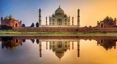 The Taj Mahal at dawn - Stuck in Customs