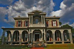 Jemison-Van de Graaff Mansion in Tuscaloosa, Alabama