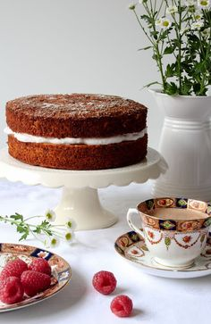 The Spoon and Whisk: Beetroot Cake [gluten and refined sugar free - vegan, dairy free option]