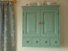 Nice wall cupboard for on the landing.