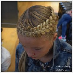 Dutch five strand braid.