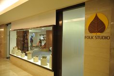 Roll up your sleeves and get muddy at the Folk Studio with guidance of national awardees every Friday , Saturday and Sunday. http://www.vivantabytaj.com/surajkund #FolkStudio  #Art #Folk #Pottery #Terracotta