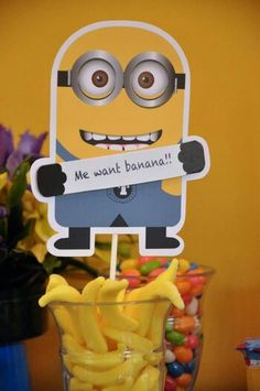 Despicable Me Party, minion, me want banana, decor , candy bar