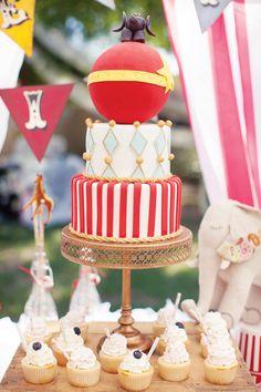 Birthday party ideas-- invitations, decorations, cupcakes, cake, cake pops, printables